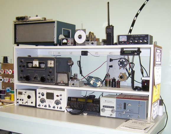 Electronics Testers Needed : Diy electronic repair workbench do it your self